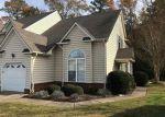 Foreclosed Home en PRESTWICK ST, Suffolk, VA - 23435