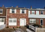 Foreclosed Home en FORT PICKENS CT, Dumfries, VA - 22026