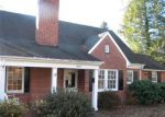 Foreclosed Home en OAK CREST AVE SW, Roanoke, VA - 24015