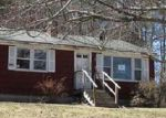 Foreclosed Home en DON HUNT RD, Norway, ME - 04268