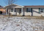 Foreclosed Home en SOMMERSET DR, Troy, MO - 63379