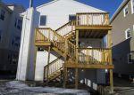 Foreclosed Home en PEMBROKE AVE, Providence, RI - 02908