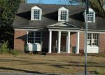 Foreclosed Home en N CASWELL ST, Glennville, GA - 30427