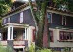 Foreclosed Home en GREEN ST, Brattleboro, VT - 05301