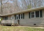 Foreclosed Home en GAP HOLLOW RD, New Albany, IN - 47150