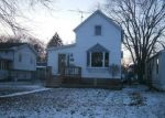 Foreclosed Home en GIDEON AVE, Zion, IL - 60099