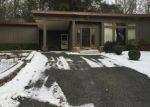 Foreclosed Home en SHINAR MOUNTAIN RD, Washington Depot, CT - 06794