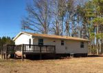 Foreclosed Home en JEFFERSON MILL RD, Scottsville, VA - 24590