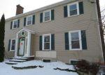 Foreclosed Home en JULIAN ST, Waukegan, IL - 60085