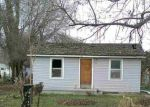 Foreclosed Home en W OREGON AVE, Homedale, ID - 83628