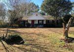 Foreclosed Home en STUART DR, Theodore, AL - 36582