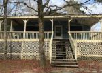 Foreclosed Home en ROUNDTREE RD, Effingham, SC - 29541