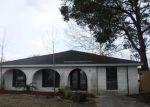 Foreclosed Home en ROSE ST, Chalmette, LA - 70043