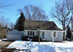 Foreclosed Home en NAUMKEAG ST S, Shakopee, MN - 55379
