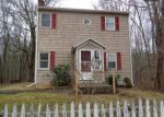 Foreclosed Home in HUNTINGTOWN RD, Newtown, CT - 06470