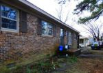 Foreclosed Home en W WILLIAMSON ST, Whiteville, NC - 28472
