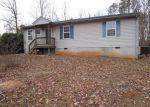 Foreclosed Home en MILL POND RD, Alton, VA - 24520
