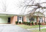 Foreclosed Home en SHORE DR, Emporia, VA - 23847