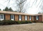 Foreclosed Home en HICKSWOOD RD, High Point, NC - 27265