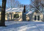 Foreclosed Home en N WALNUT ST, Kansas City, MO - 64118