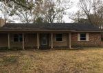 Foreclosed Home en OAKSIDE CIR, Gautier, MS - 39553