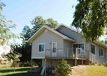Foreclosed Home en HILL RD, Homedale, ID - 83628