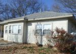 Foreclosed Home en W RIVER ST, Ozark, AR - 72949