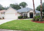 Foreclosed Home en CAMBERWELL LN S, Jacksonville, FL - 32258