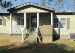 Foreclosed Home en LOVELESS LN, Rocky Mount, NC - 27804