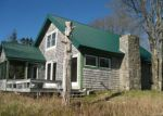 Foreclosed Home en RAYS POINT RD, Milbridge, ME - 04658