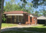 Foreclosed Home en MARLOWE DR, Flint, MI - 48504
