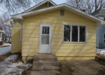 Foreclosed Home en BIRCH AVE S, Maple Lake, MN - 55358
