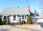Foreclosed Home en PLYMOUTH CT, Wallingford, CT - 06492