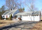 Foreclosed Home en YALESVILLE RD, Cheshire, CT - 06410