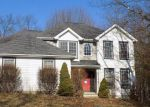 Foreclosed Home en SYMPHONY CIR, East Stroudsburg, PA - 18301
