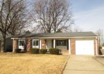Foreclosed Home en SUNSET DR, Hazelwood, MO - 63042