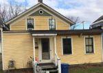 Foreclosed Home en CRANDALL ST, Glens Falls, NY - 12801
