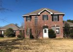 Foreclosed Home en KINGWOOD FOREST DR, Victoria, TX - 77904