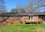 Foreclosed Home en LUCKY ST, Westminster, SC - 29693