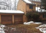 Foreclosed Home in KNOLLWOOD DR, Tobyhanna, PA - 18466