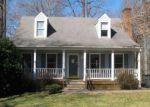 Foreclosed Home en OAKRIDGE DR, Madison Heights, VA - 24572