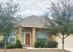 Foreclosed Home en AVERY PKWY, New Braunfels, TX - 78130