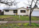 Foreclosed Home en W 24TH AVE, Eugene, OR - 97405