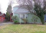 Foreclosed Home en AVENUE F, Seaside, OR - 97138