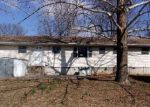 Foreclosed Home en W NELLIE AVE, Monett, MO - 65708