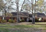 Foreclosed Home in STEELE WOOD DR, Richmond Hill, GA - 31324