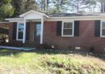 Foreclosed Home en THOMAS HEIGHTS CIR, Seneca, SC - 29678