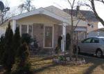 Foreclosed Home en JAY ST, Freeport, NY - 11520