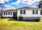 Foreclosed Home en ROLFE HWY, Dendron, VA - 23839