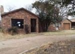 Foreclosed Home en N 2ND ST, Goree, TX - 76363